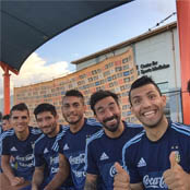 Aguero poses for selfie with Tottenham star