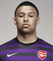 Oxlade-Chamberlain was waiting for midfield chance at Arsenal