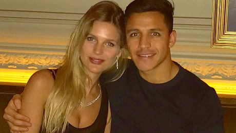 Meet Man United star Alexis Sanchez's girlfriend Mayte Rodriguez