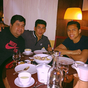 Arsenal's Sanchez enjoys dinner with brother and pal