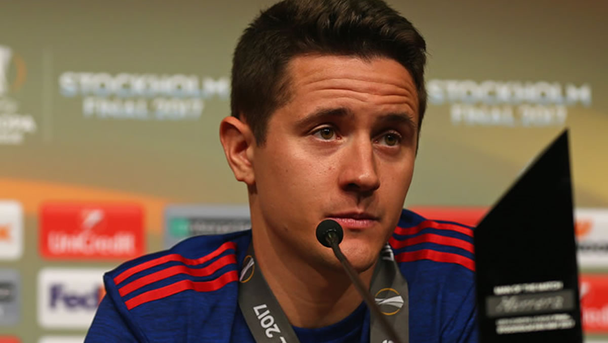 Solskjaer Provides Update On Ander Herrera's Future