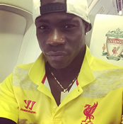 Photo: Mario Balotelli reacts to 'FINALLY' ending Liverpool drought