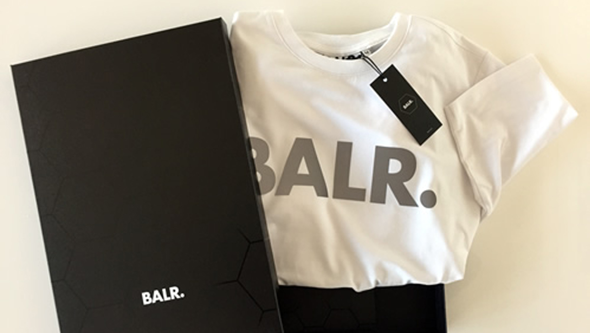 We tried out the BALR. Signature T-Shirt