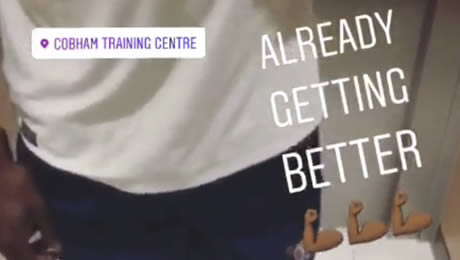 Photo: Michy Batshuayi delivers Chelsea FC injury update from Cobham