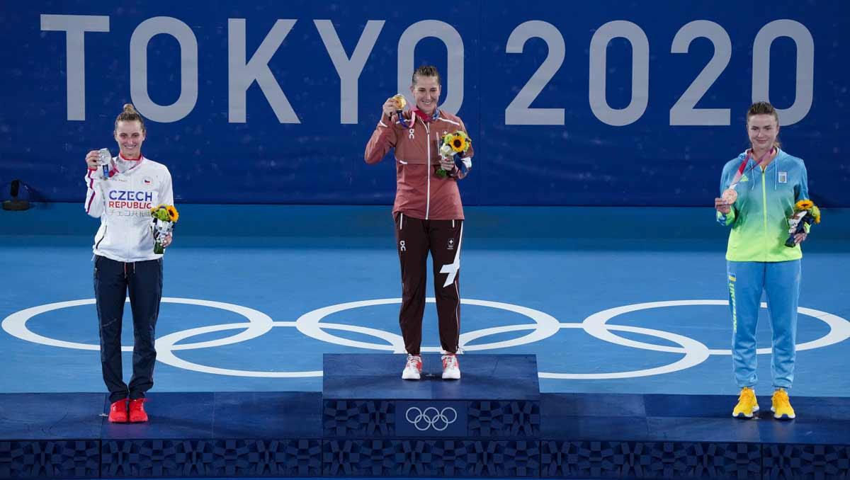 Belinda Bencic wins singles gold