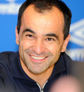 Everton 2 Man Utd 0: Roberto Martinez relishing 'exciting' final three games