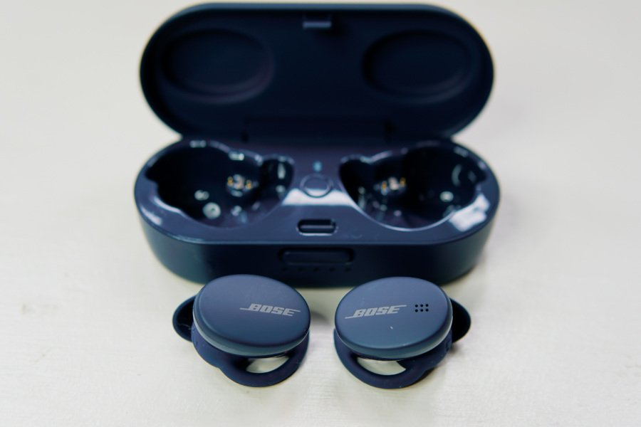 Bose Sport Earbuds (Photo: The Sport Review)