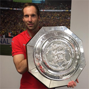 Cech thanks Arsenal and Chelsea fans