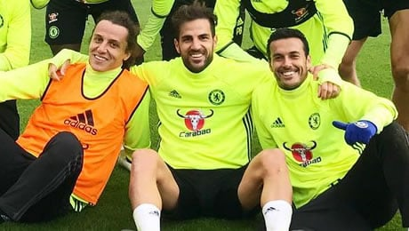Photo: Chelsea's Cesc Fabregas makes the most of sunny weather in stylish outfit