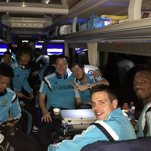 chelsea players team bus