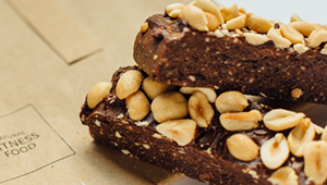 Chocolate brownie protein bar recipe from Natural Fitness Food