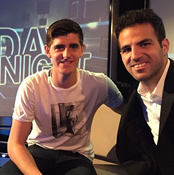 Photo: Chelsea duo Fàbregas and Courtois pose ahead of TV show