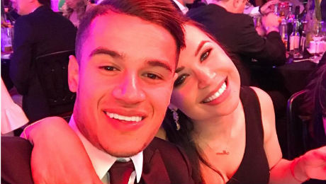 Photo: Philippe Coutinho celebrates Liverpool midfielder with stunning wife