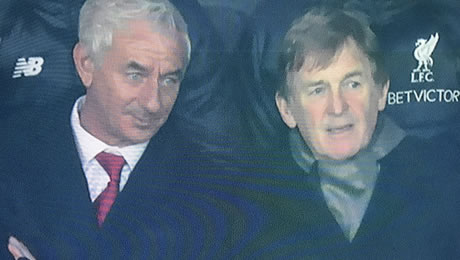 Photo: Kenny Dalglish reacts to Liverpool's 4-2 win over Hoffenheim
