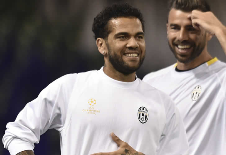 Dani Alves made huge claim to Barcelona board after his departure