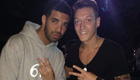 PHOTO: Arsenal star Ozil chills with Drake