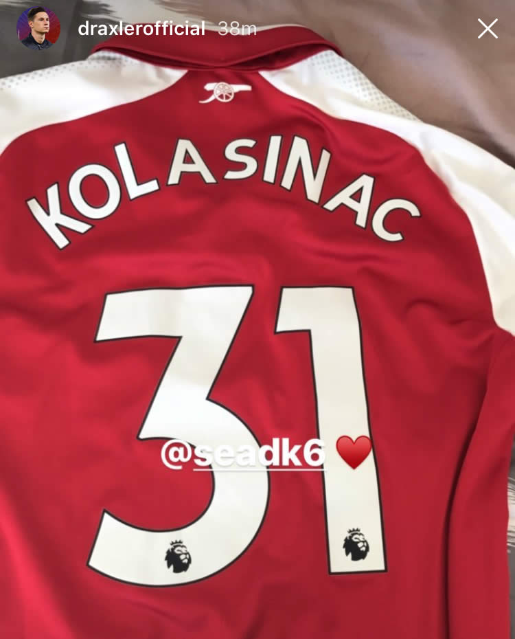 new product efb39 080e7 Julian Draxler sends picture of Arsenal shirt to Gunners star