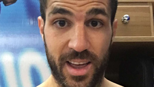 Photo: Cesc Fabregas celebrates in Chelsea dressing room after Tottenham draw
