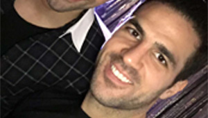 Photo: Chelsea signing all smiles with Cesc Fabregas ahead of Newcastle clash