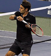 US Open 2014: Back to black – and the quarters – for Roger Federer