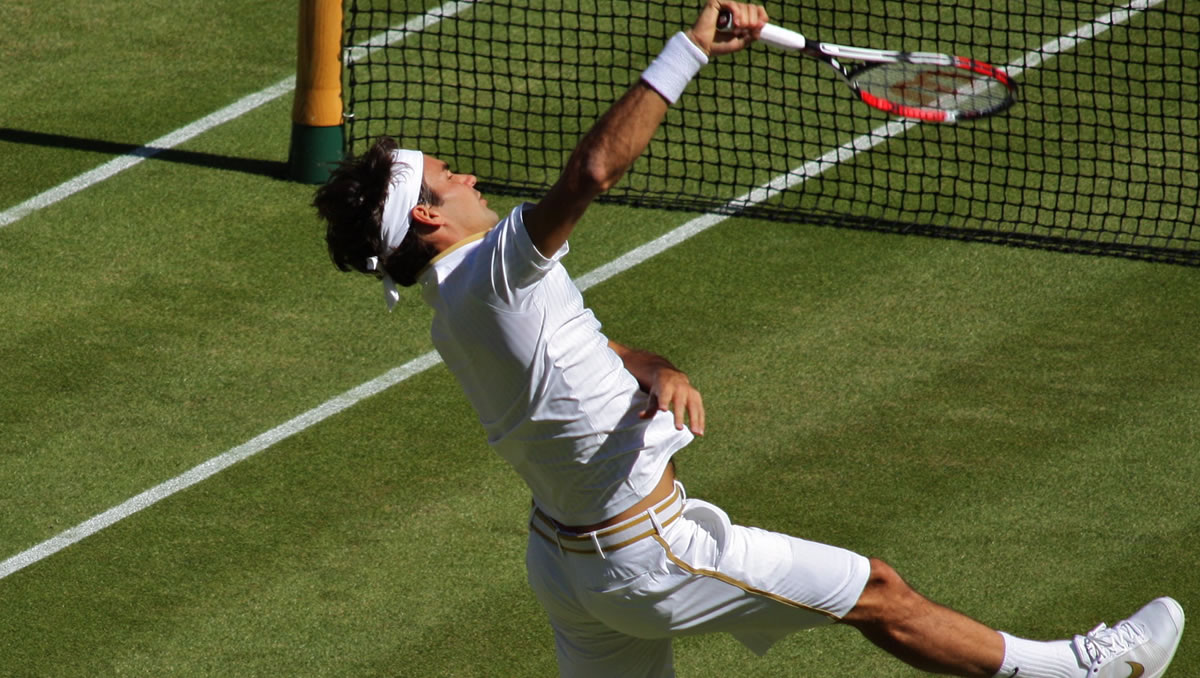 Wimbledon 2009: the white and gold precision would set the standard for future All England Club campaigns.