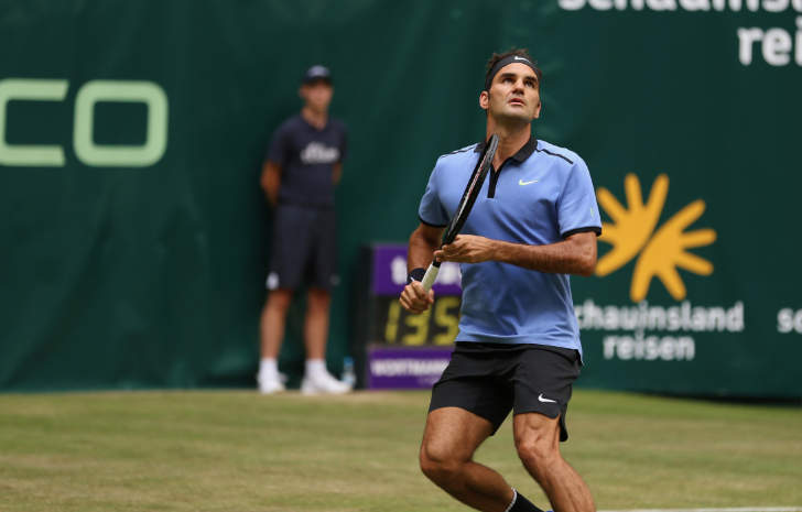 Federer claims first win of grass-court season