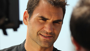 Australian Open 2017: Emotional Federer admits 'it's beautiful' after surviving Wawrinka test