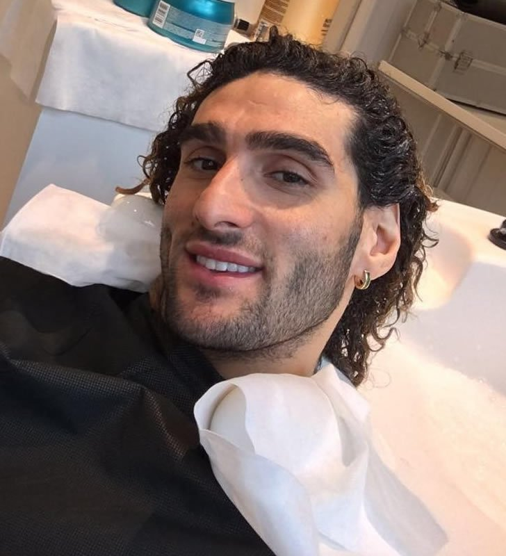 Photo Man United Star Marouane Fellaini Shows Off New Haircut