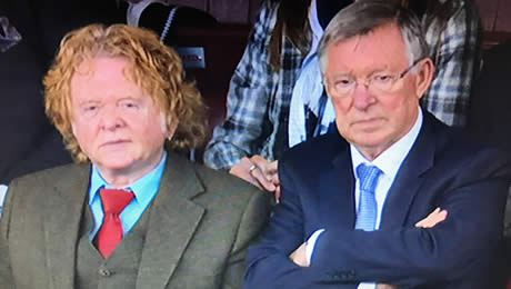 Photo: Sir Alex Ferguson reacts to Man United's 4-0 win over Everton
