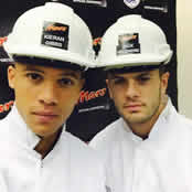 Arsenal duo visit chocolate factory