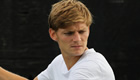 Goffin continues run to dent Raonic's London hopes