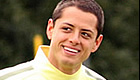 Hernandez all smiles in Man Utd training session