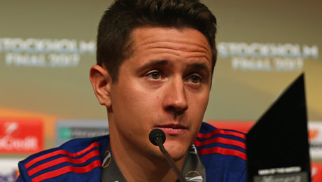Photo: Ander Herrera sends four-word message to Man United fans