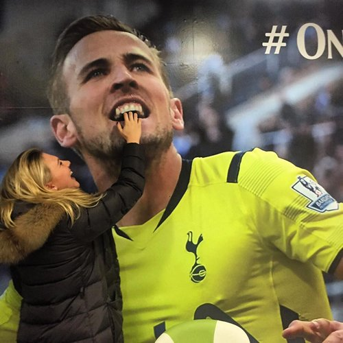 Photo: Harry Kane's Girlfriend Gets To Grip With New