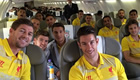 Photo: Steven Gerrard squeezes 17 Liverpool players into plane selfie