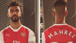 Photo: Fan jumps the gun and buys Riyad Mahrez Arsenal shirt