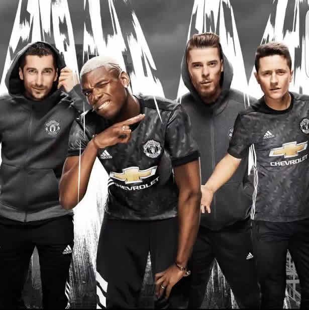 man united away kit