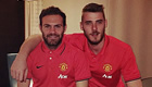 Photo: David De Gea all smiles with Man Utd team-mate