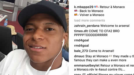 Photo: Mbappe posts update from airport in three languages to tease Arsenal fans
