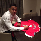 Memphis 'humbled' by popularity of his Man Utd shirt