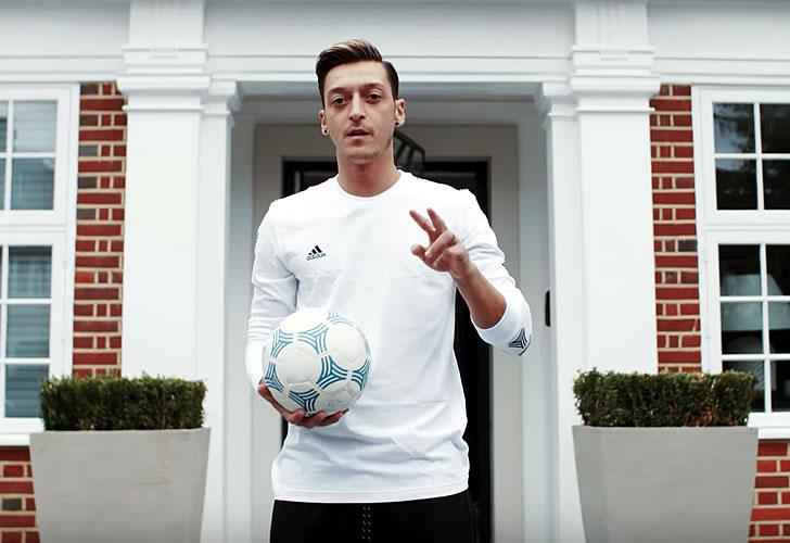 Mesut Ozil house