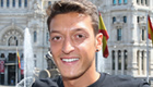 Gilberto: Ozil must improve for Arsenal