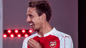 Photo: Nacho Monreal sends message to Arsenal fans ahead of Everton clash