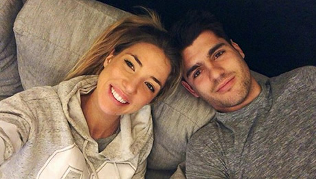 Photo: Alvaro Morata recharges with his wife ahead of Chelsea v Newcastle