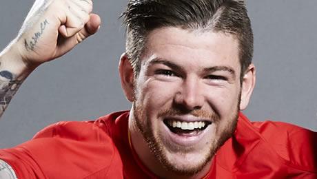 Photo: Meet Alberto Moreno's new Liverpool friend
