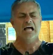 Video: Chelsea manager José Mourinho completes ice bucket challenge