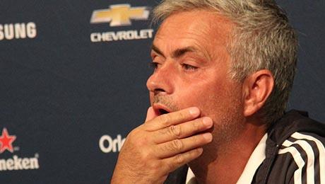 Barcelona boss makes prediction about Man United next season