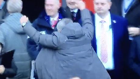 Man United boss Jose Mourinho should be ashamed of himself, blasts pundit