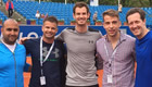 Photo: Andy Murray all smiles after arriving in Munich