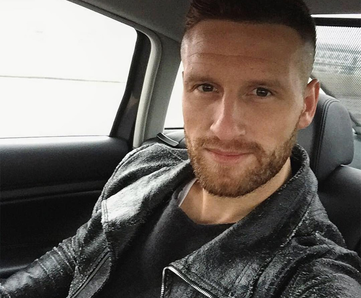 Arsene Wenger confirms Shkodran Mustafi facing up to six weeks out